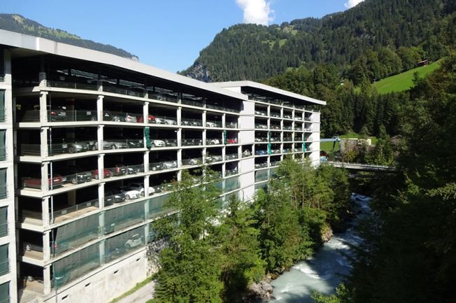 Parking garage Lauterbrunnen